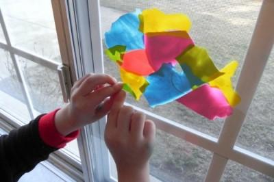 MAKE A MOD PODGE WINDOW MOSAIC