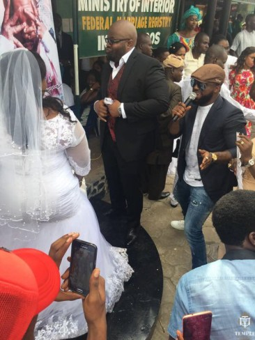 iyanya cerenades married couples ay Ikoyi marriage registry