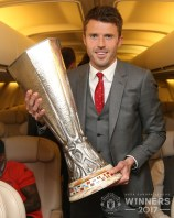 United . Celebrating Europa League victory in the air 2