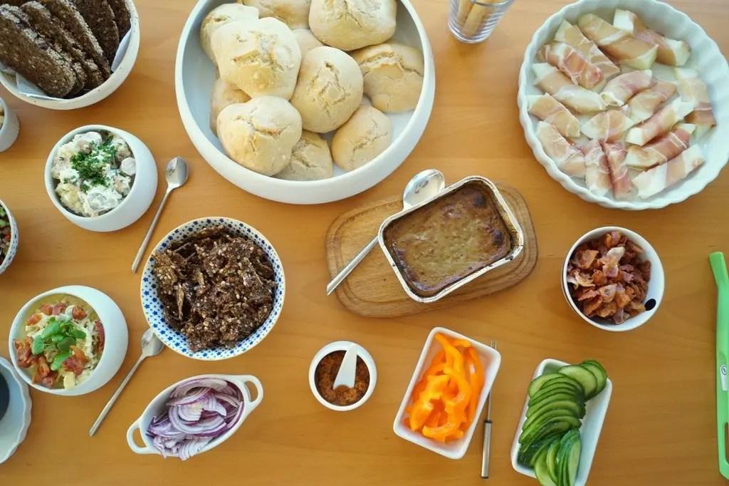 Frokostbord til fødselsdag