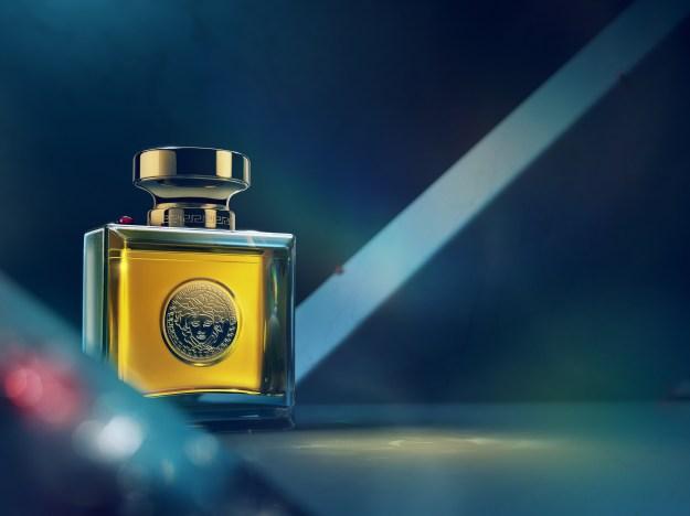 13-213_INTE_Perfume_Ladybug_SHOT01_COMP03_DAV_finalart