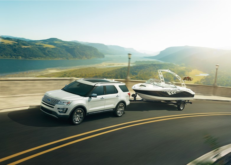 14-212_TEAD_Ford_Explorer_SHOT042