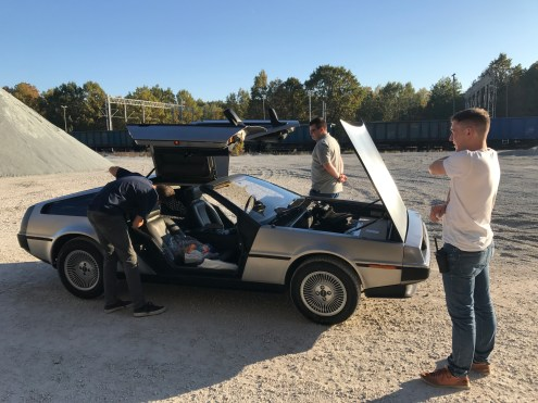 recomfarmhouse_tomek_delorean_making_of10
