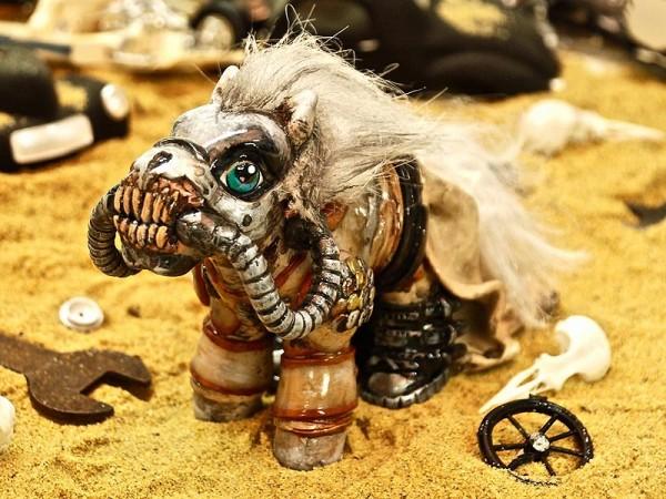 mad-pony-08-800
