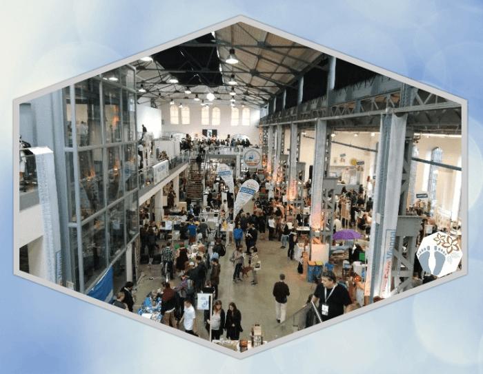 """Blick in die Halle, in welcher die """"Maker Faire Vienna"""" stattgefunden hat"""