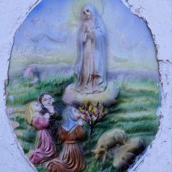 Heiligenbild an Hausmauer {Reisetagebuch Malta}