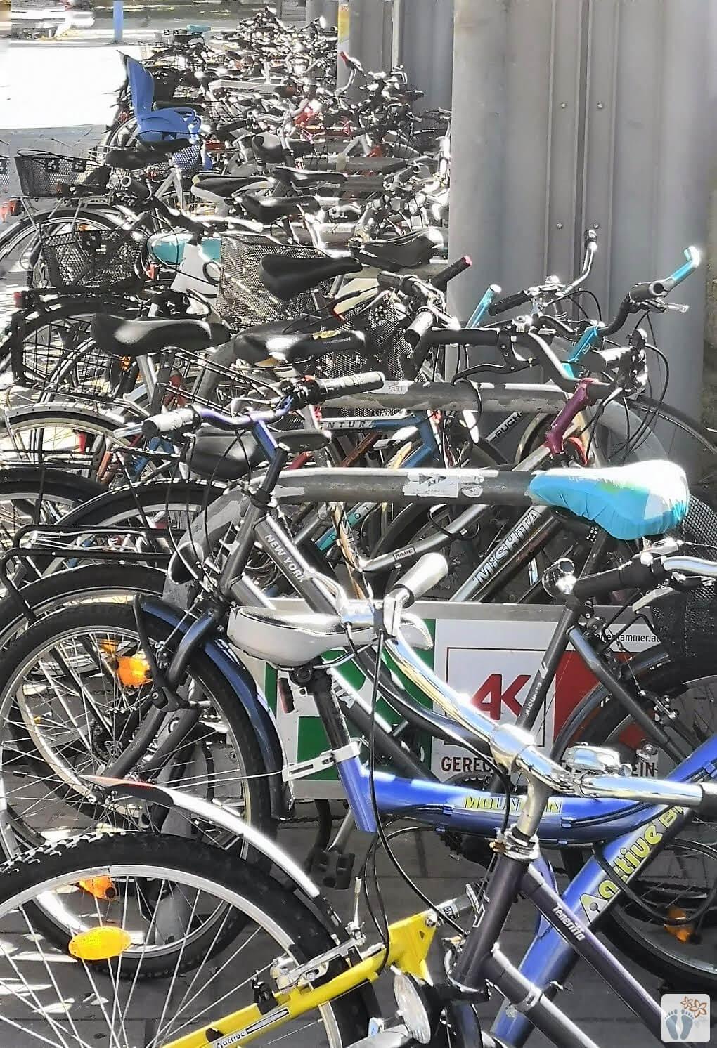 """Wiener Fotomarathon 2018 - Thema """"reges Treiben"""": Fahrräder en masse"""