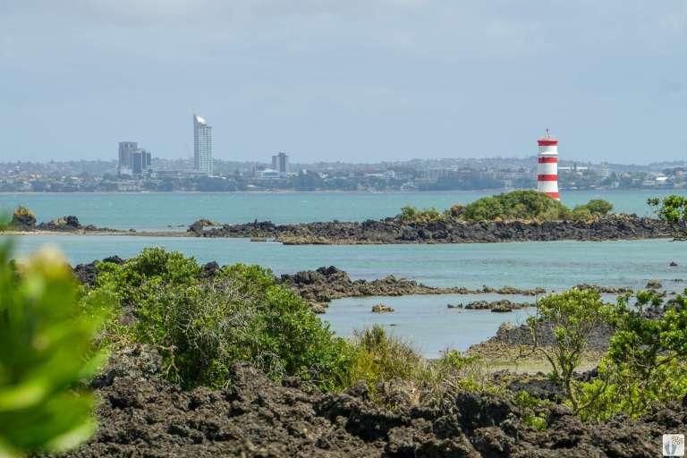 Rangitoto Island: Beacon Lighthouse {Reisetagebuch «Roadtrip durch Neuseeland mit dem Bus»: Auckland}