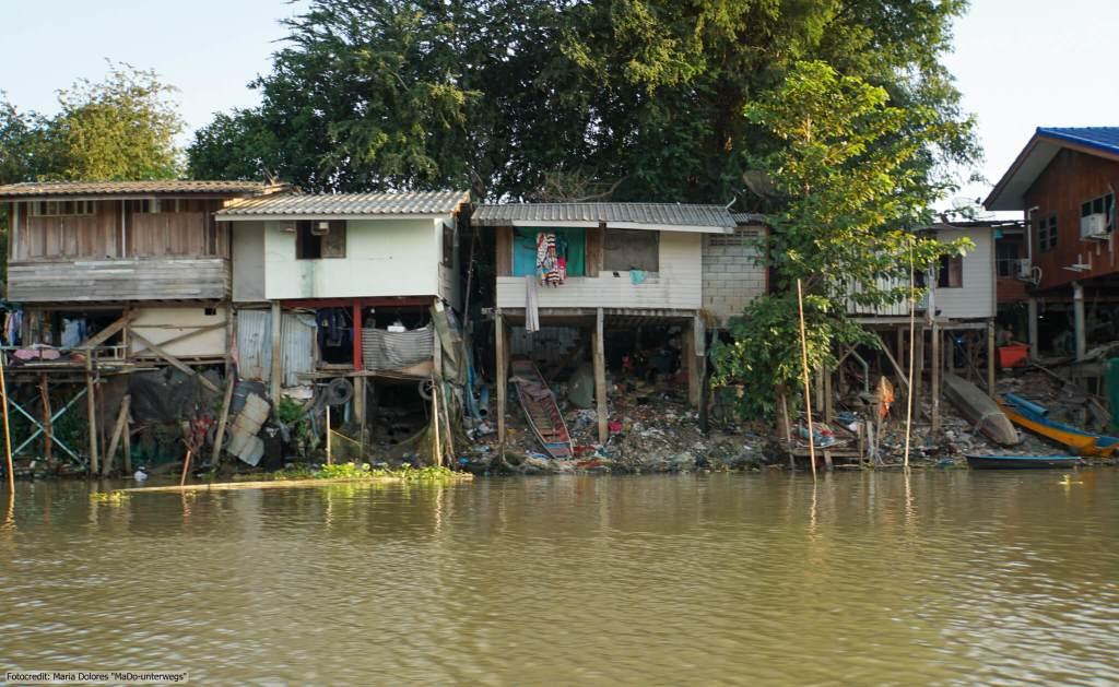 bei einer Bootstour in Ayutthaya (Reisetagebuch «Thailand als Alleinreisende ohne Roller entdecken»)