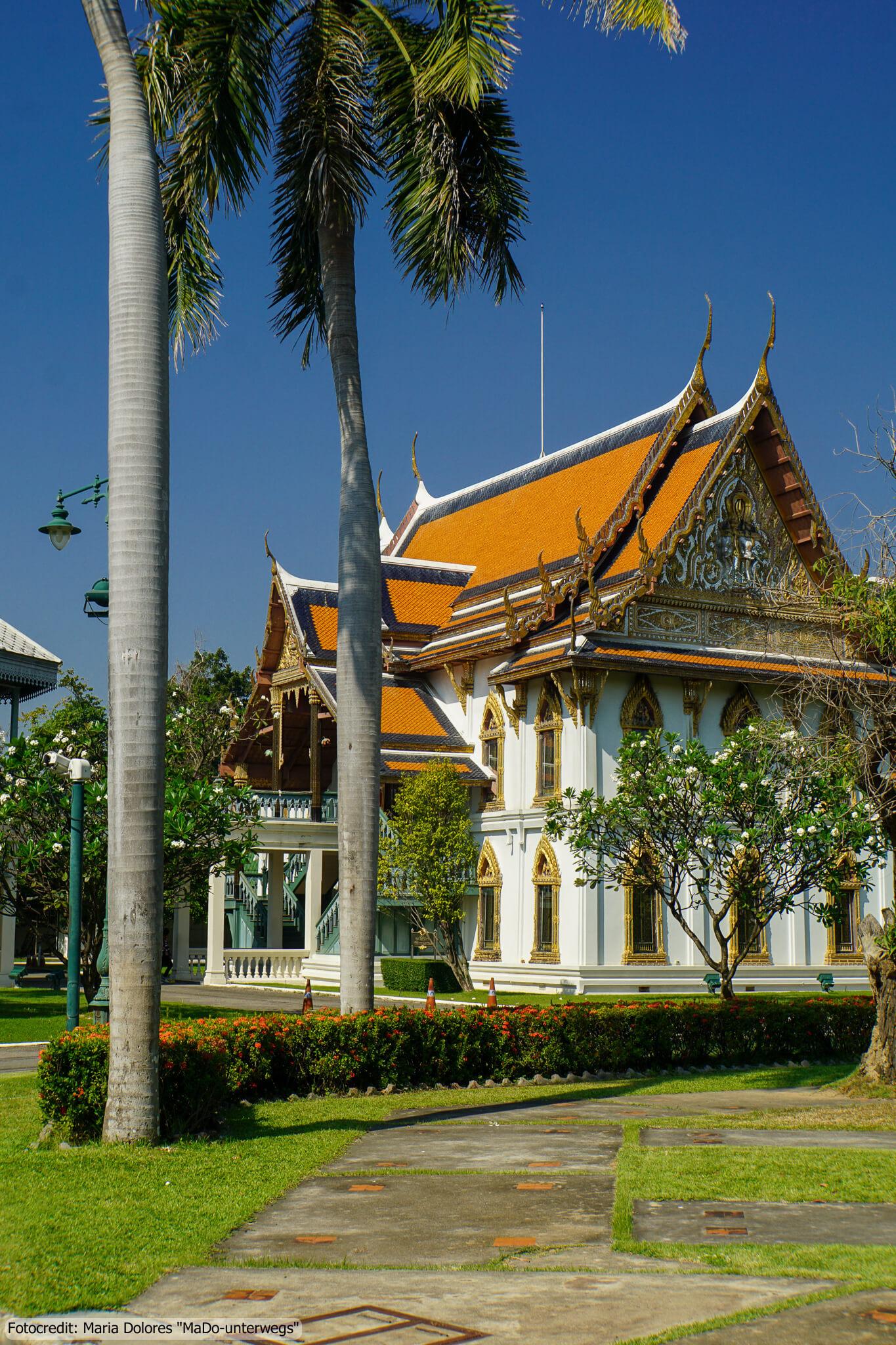 Sanam Chandra Palastanlage in Nakhon Pathom - Phra Nondikara House (Reisetagebuch «Thailand als Alleinreisende ohne Roller entdecken»)