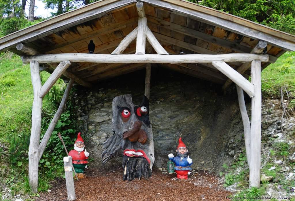 St. Johann im Pongau: Gernkogel: Geisterberg - Station am Wichtelweg [10 Tage Roadtrip Salzburg]