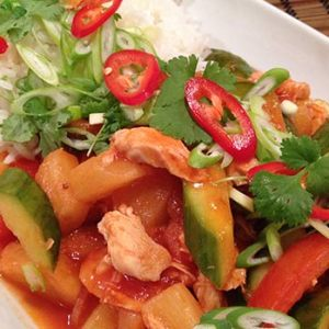 Kylling cashew - Thailandsk kyllingeret med cashewnødder - Mad og Have