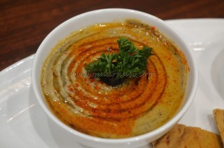 Green Tea Hummus