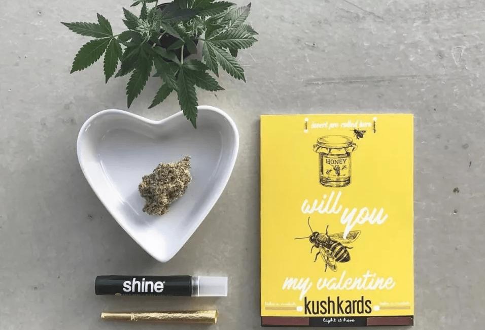 Tarjeta postal de Cannabis x Lauren Miele