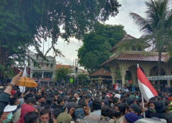 Demonstrasi Tolak Omnibus Law, Kantor DPRD Yogyakarta