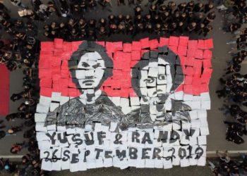 Aksi mengenang dua tahun kematian Immawan Randi dan La Ode Yusuf Wijaya