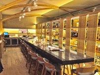 La barra del restaurante La Bien Aparecida en Madrid