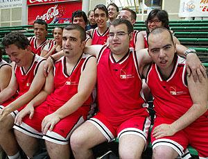 20 deportistas con discapacidad intelectual llevan la Comunidad a los Special Olympics