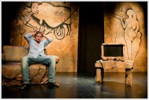 EL CAVERNÍCOLA, con Nancho Novo, en el Teatro Infanta Isabel