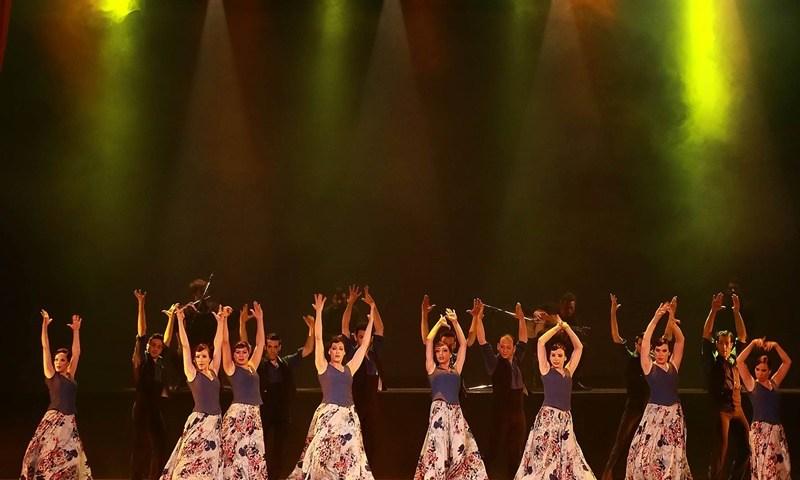 CARMINA BURANA en el Teatro Nuevo Apolo