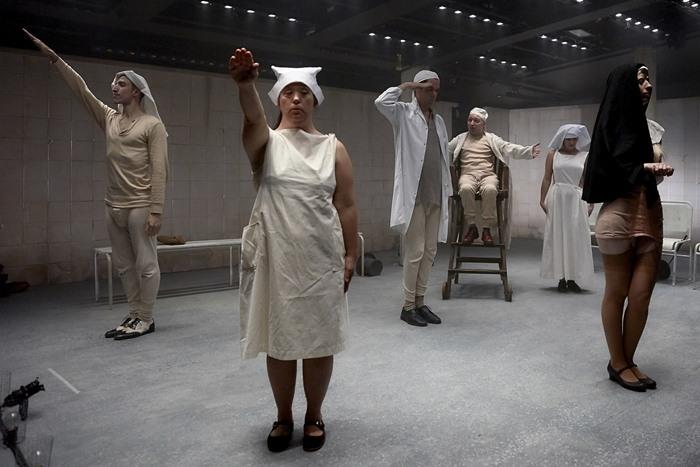 CÁSCARAS VACÍAS en el Teatro María Guerrero