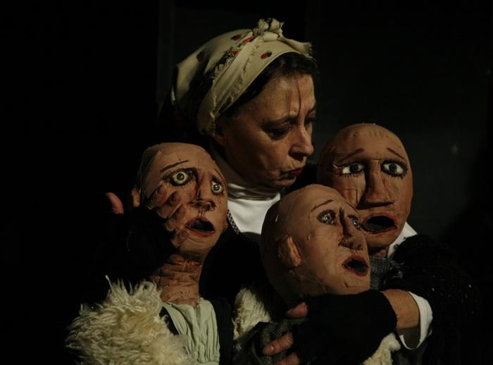 La rosa de papel, Teatro Tribueñe