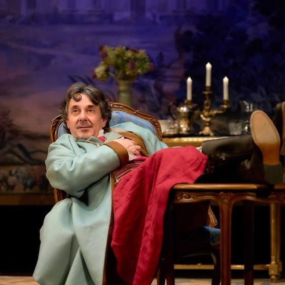 VOLTAIRE / ROUSSEAU. La disputa en el Teatro María Guerrero