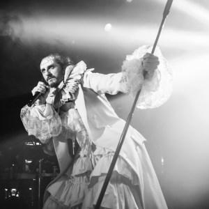 """ASIER ETXEANDÍA vuelve al teatro con """"La Transfiguración del MASTODONTE"""", en el Teatro Español"""