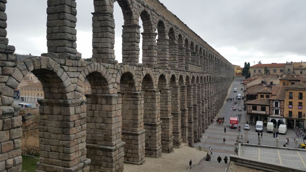 Full-Day Trip Avila and Segovia Tour from Madrid for group
