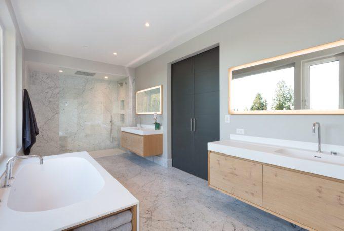 530 Eastcot Rd_Master Bath