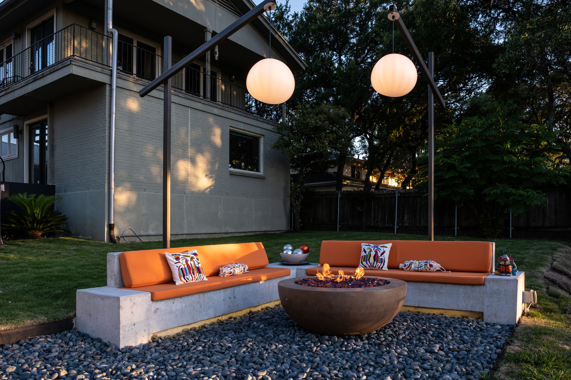 Austin Outdoor Design Cozy Fire Pit