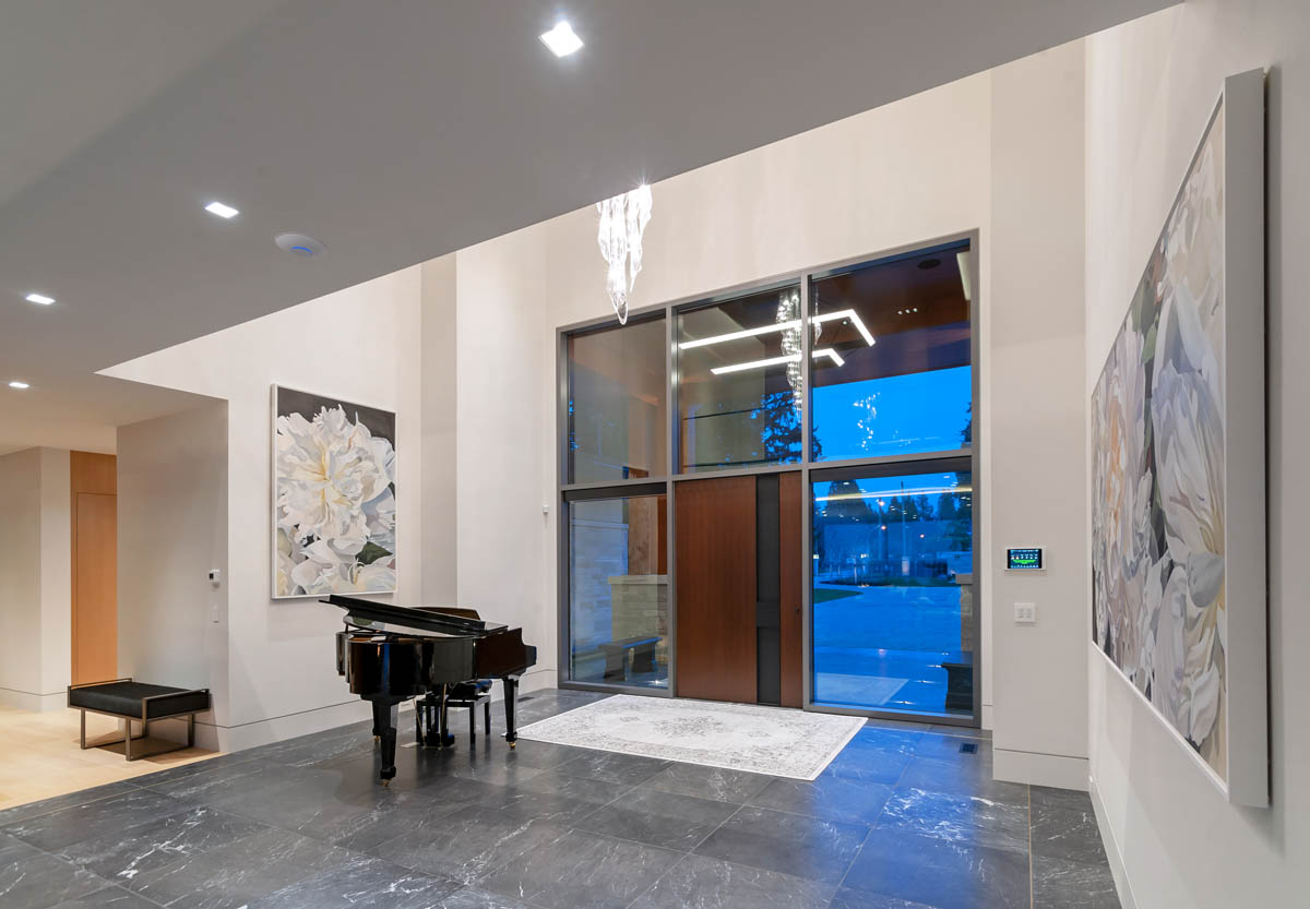 Madeleine Design Group Ocean Bluff Foyer/entrance