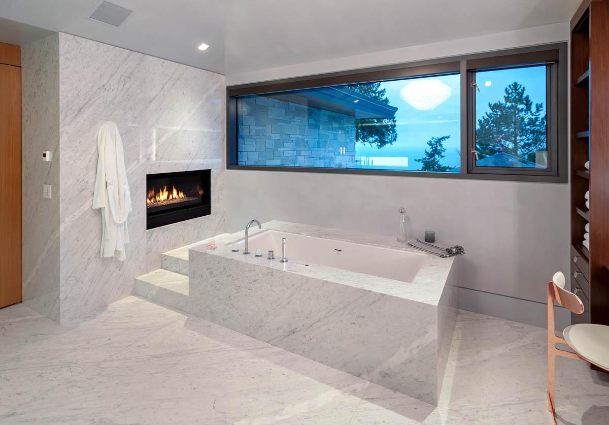 Madeleine Design Group Ocean Ensuite Bathroom