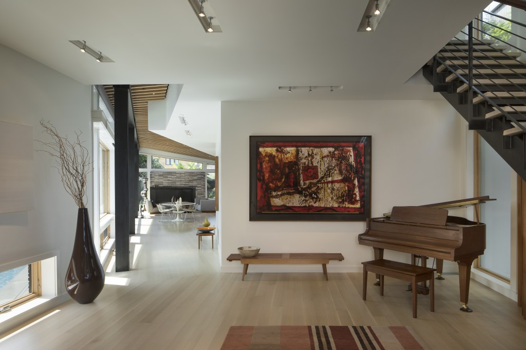 FINNE Architects Venice House Foyer