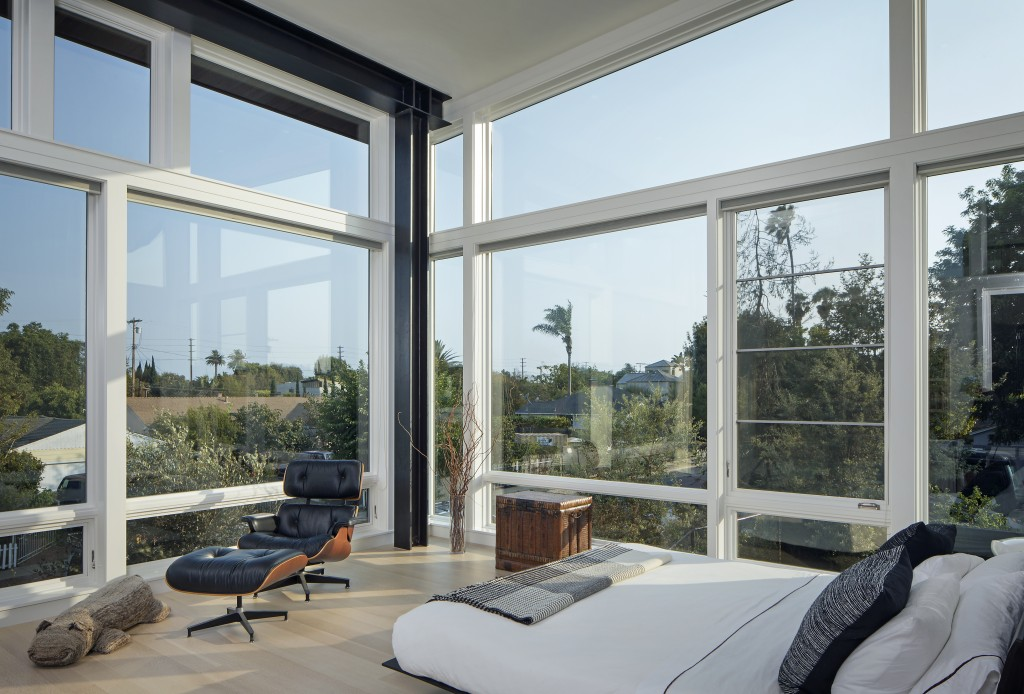 FINNE Architects Venice House Master Bedroom