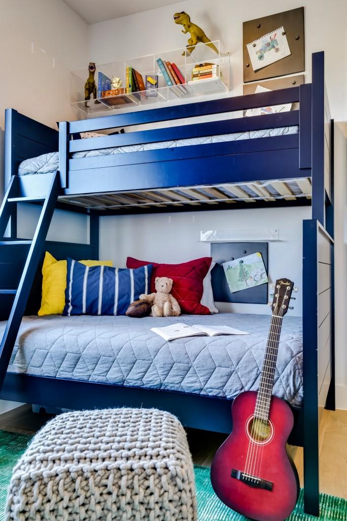 Britt Design Group boys' bedroom