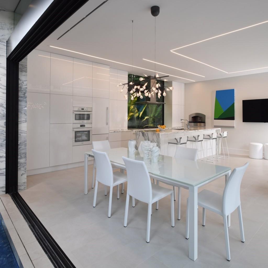 Gary R. Chandler Architecture & Interiors cabana interior