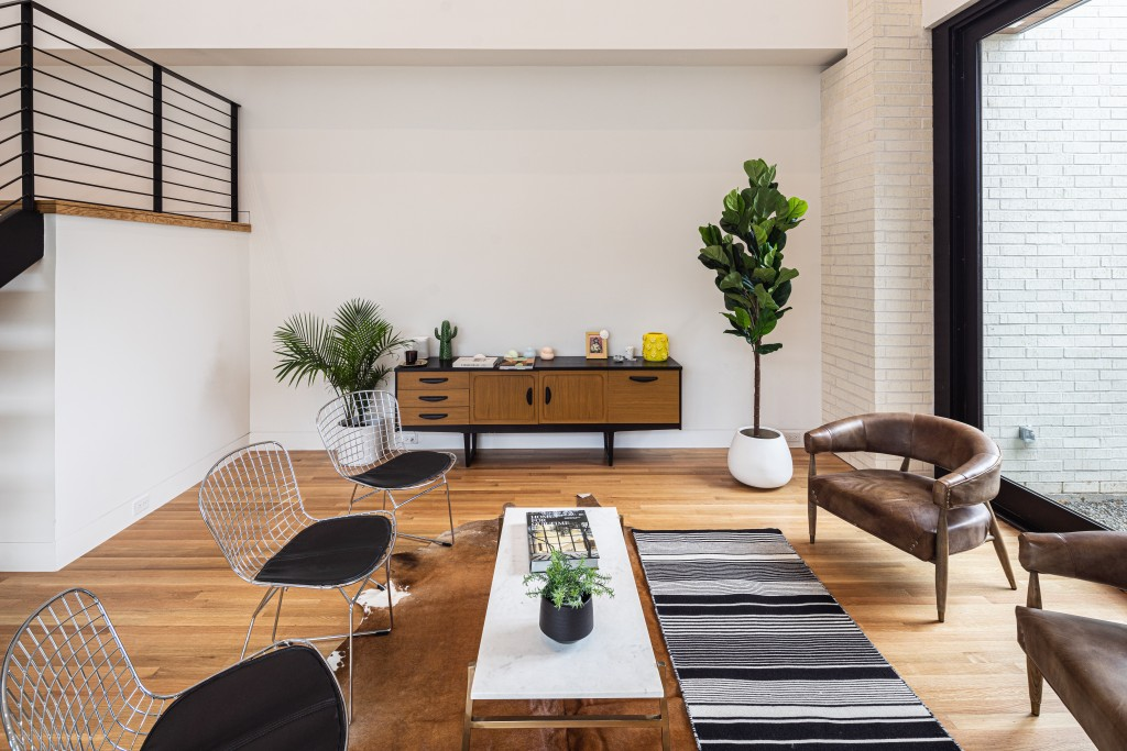 studioMET living room credenza