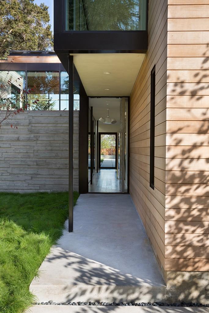 John Lum Architecture front entryway