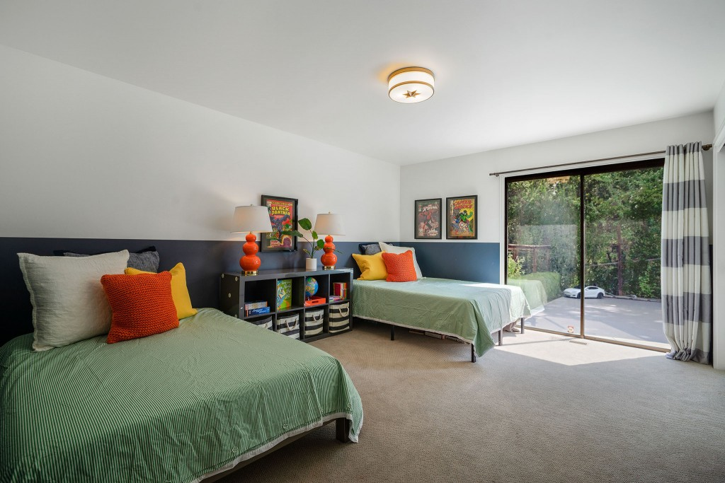 Studio SHK NEW Kids' Bedroom