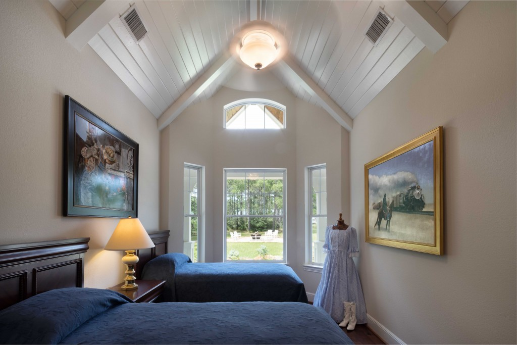 Charles Todd Helton Architect Guest Room