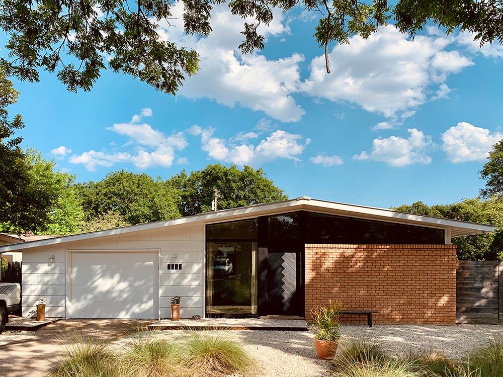Moontower Design Build 2021 Austin Modern Home Tour