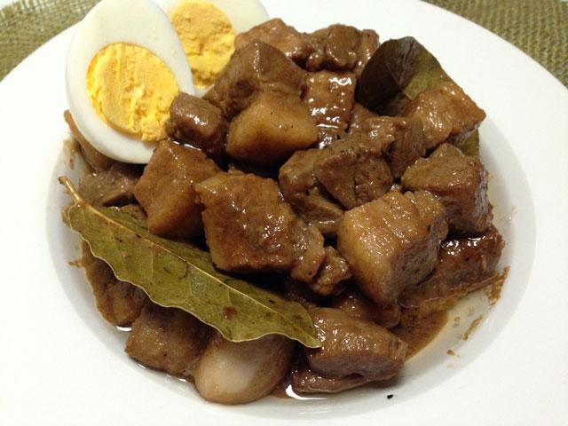 アドボミックスでフィリピン料理...