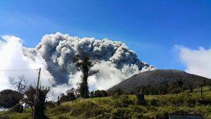 erupción del volcán turrialba