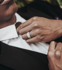 Apps für Gentlemen, die den perfekten Männerabend organisieren wollen