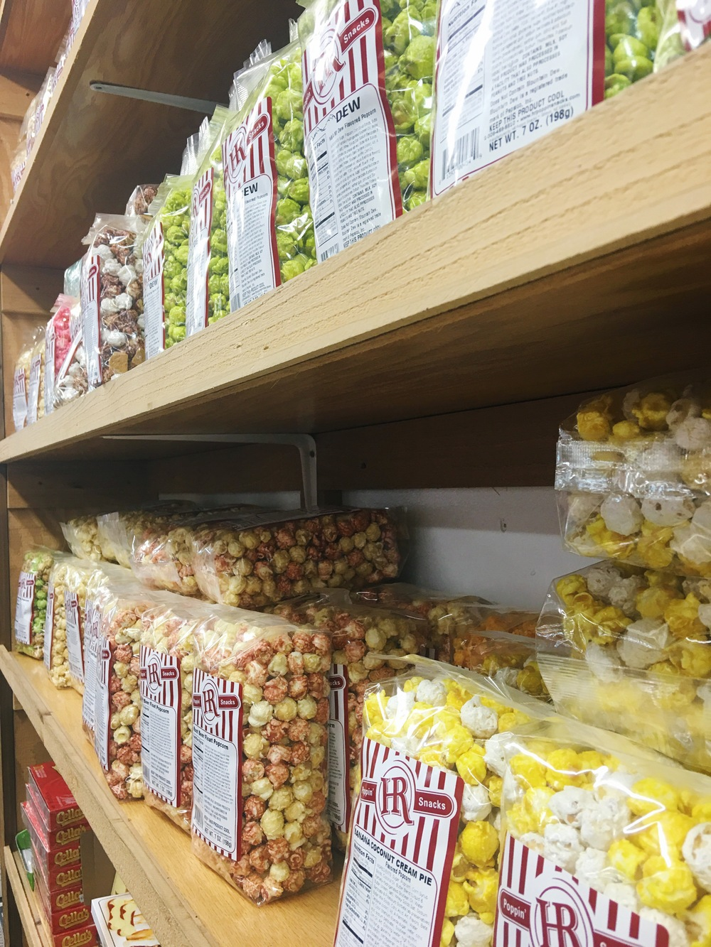 Trip to Minnesota's Largest Candy Store 4