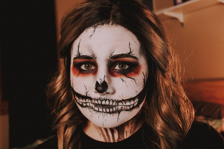 Grunge Skull Makeup 2