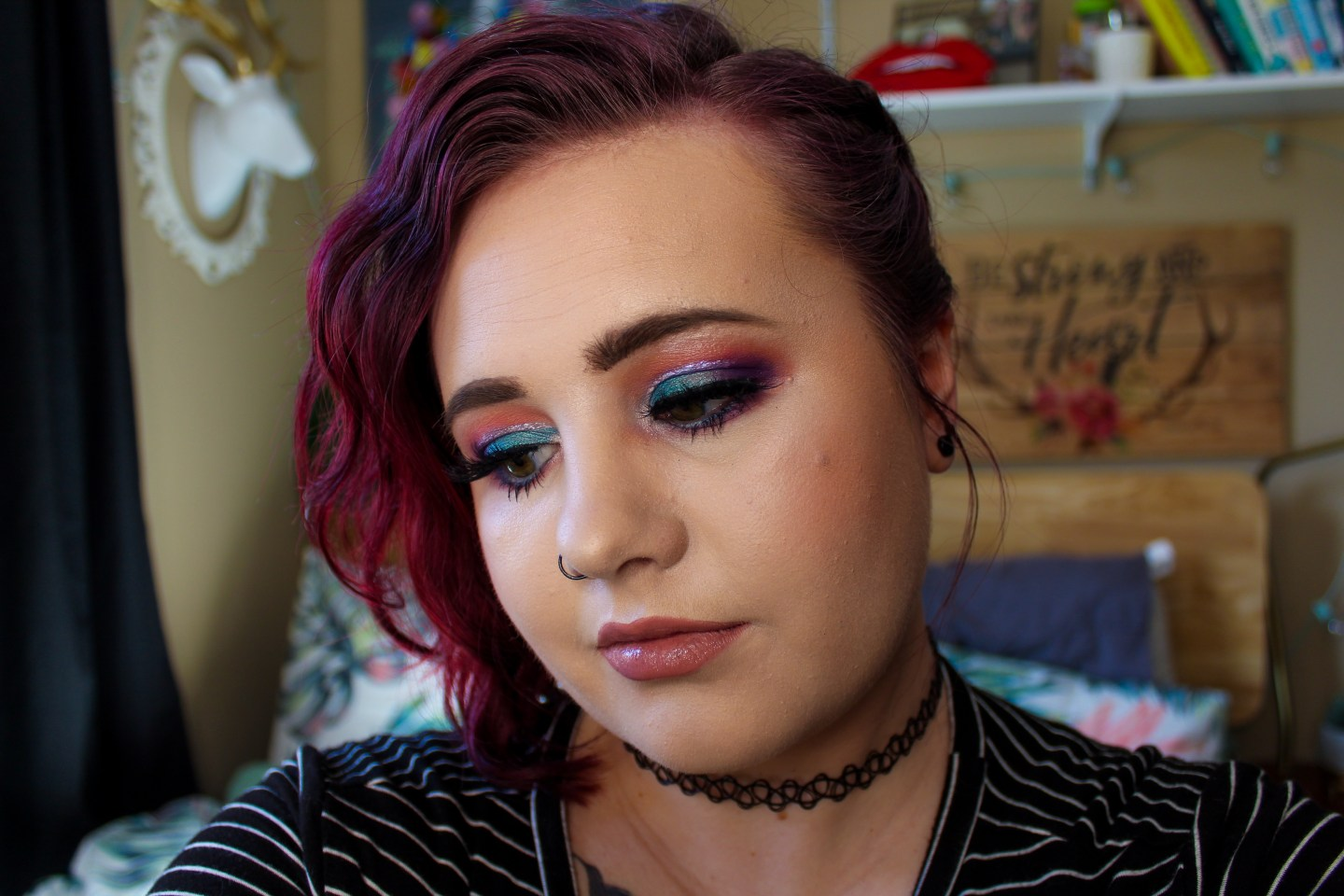 Makeup Battle: Urban Decay Primer Potion in Eden vs Makeup Revolution Cut Crease Canvas Eyeshadow Base in Illustrate 4