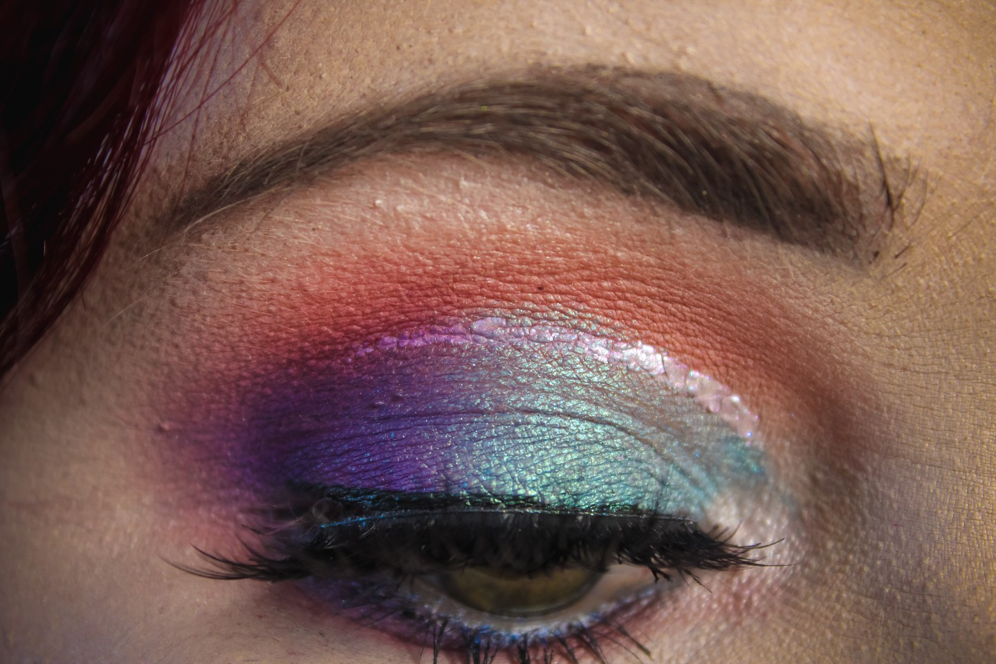 Makeup Battle: Urban Decay Primer Potion in Eden vs Makeup Revolution Cut Crease Canvas Eyeshadow Base in Illustrate 6