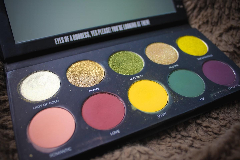 3 Looks 1 Palette: UOMA Beauty Allure Black Magic Color Palette 2